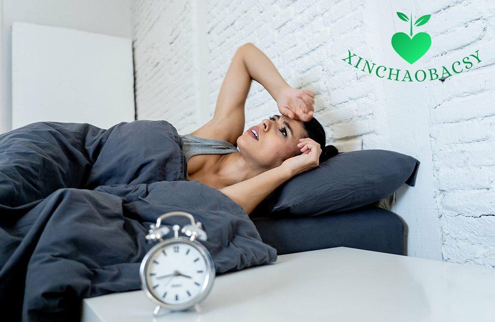 Ra mồ hôi khi ngủ mặc dù trời lạnh – Bạn đã biết rõ nguyên nhân?